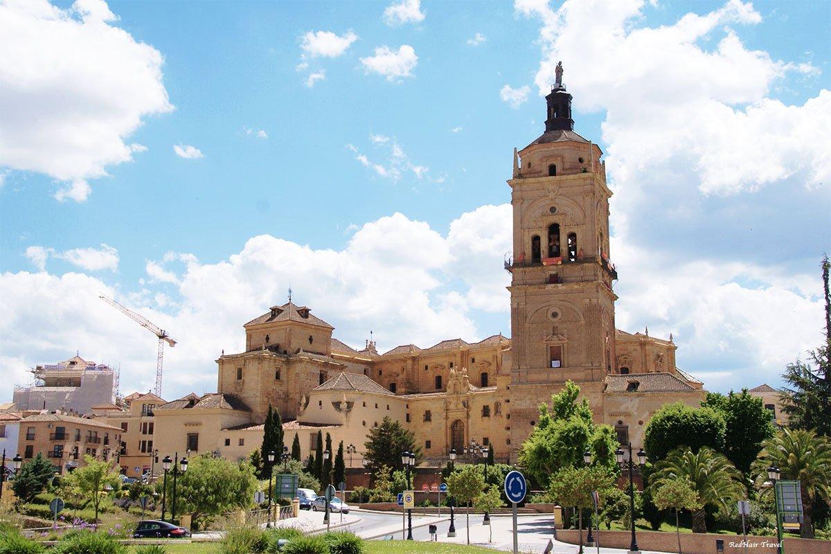 Гуадикс, кафедральный собор