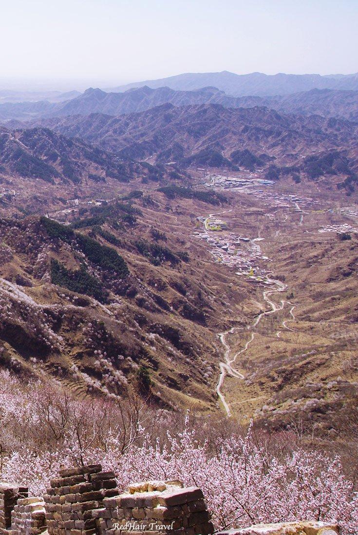 Вид с Великой Китайской Стены весной