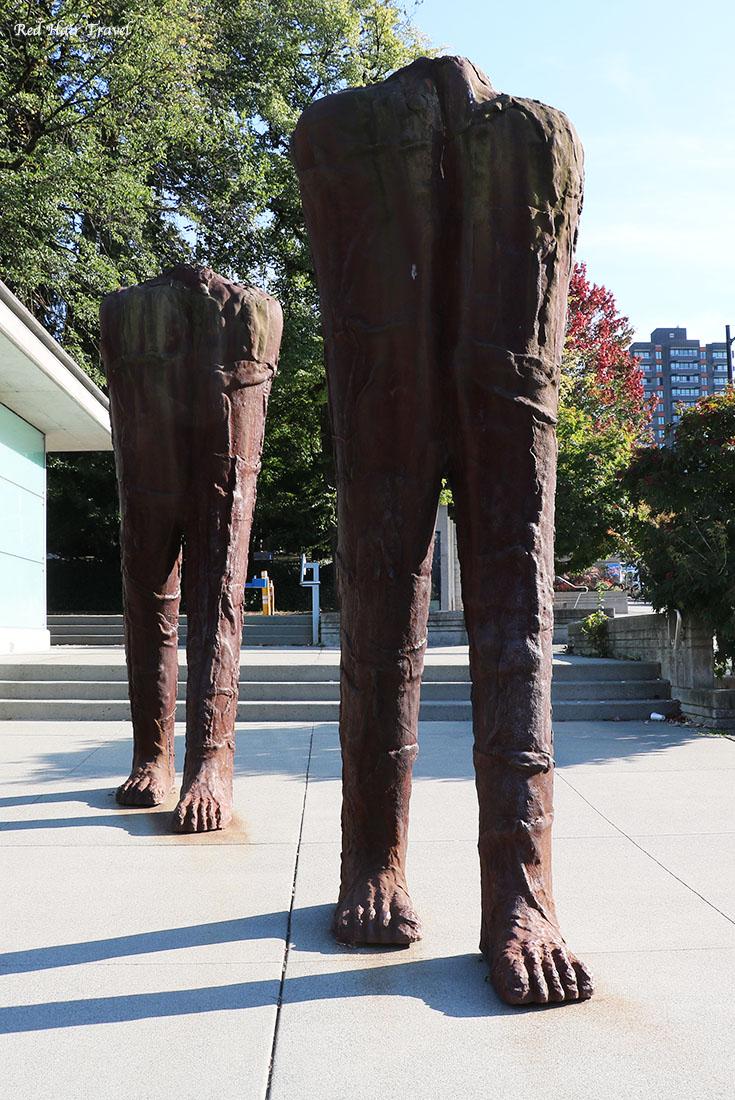 Статуя, Бродвей Сити Холл