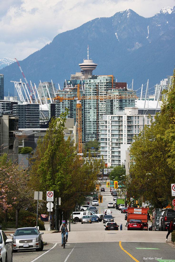 Вид на Ванкувер, Бродвей Сити Холл