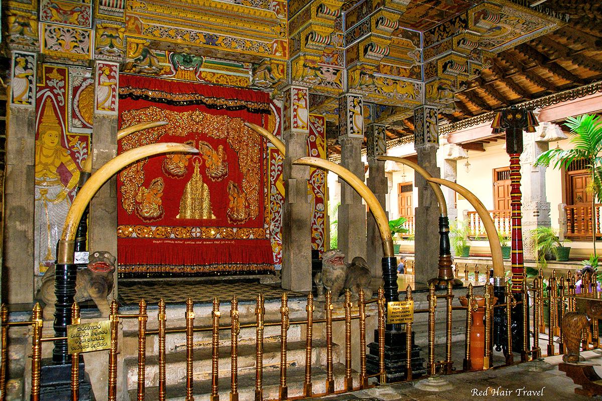 Храм-зуба-Будды, Канди, Шри Ланка