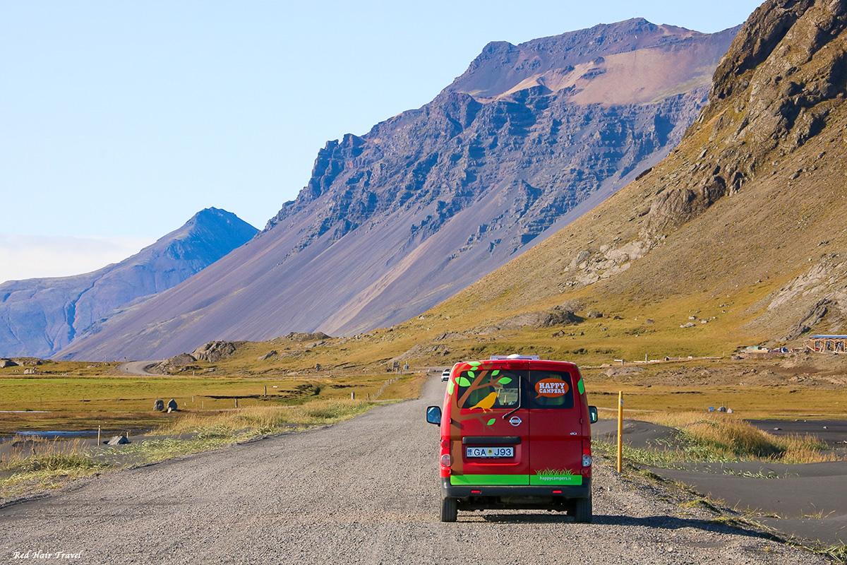 на кемпервене в Исландию