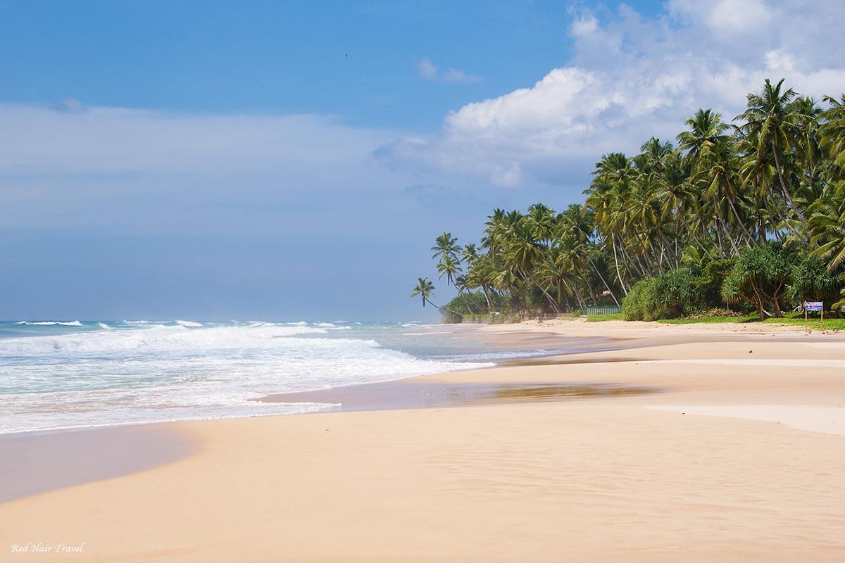 дикий пляж недалеко от Унаватуны