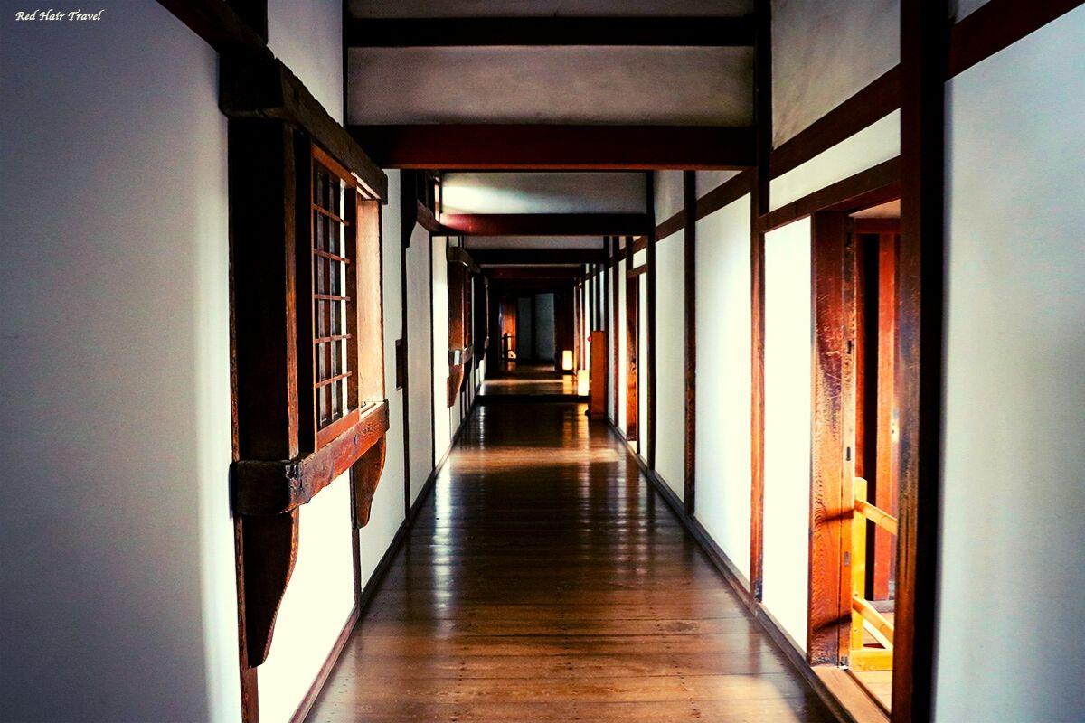 Химедзи, длинный коридор