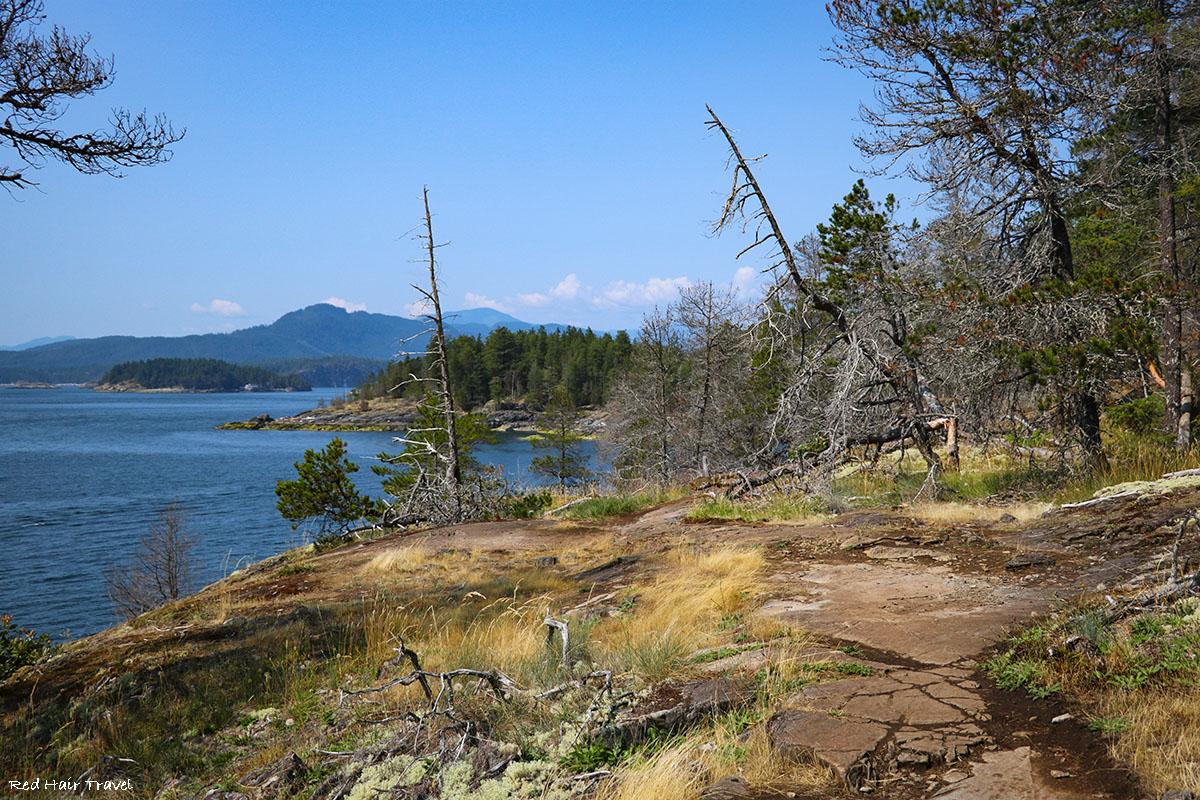 Хайкинг на острове Beaver (Francis Point Provincial Park), саншайн кост