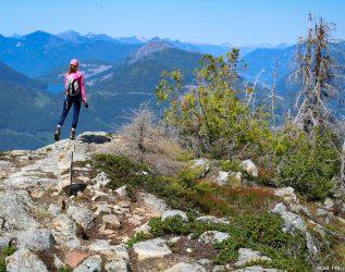 На вершину Tin Hat по знаменитой Sunshine Coast Trail